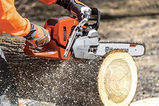 STIHL vs Husqvarna Chainsaws – Which is Best?